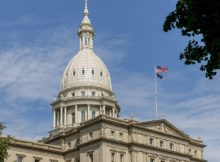 Michigan reintroduces bill to legalize online sports betting, poker and casino