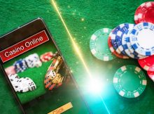Online and Land Based Casinos Compete for Players